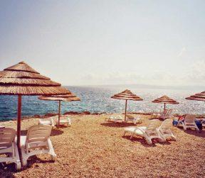 Strand Tomazevo Krk FKK - Kroatien - Salty toes Reiseblog
