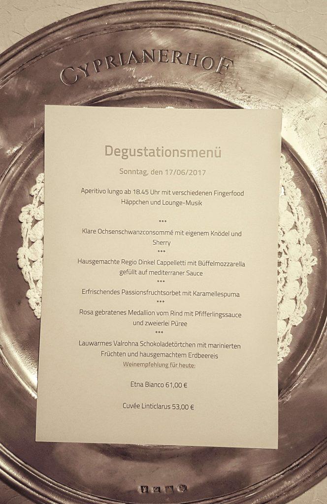 Hotel Cyprianerhof Südtirol Abendessen