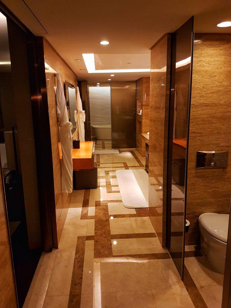 Hotel Hilton Wangfujing Peking - Salty toes Reiseblog